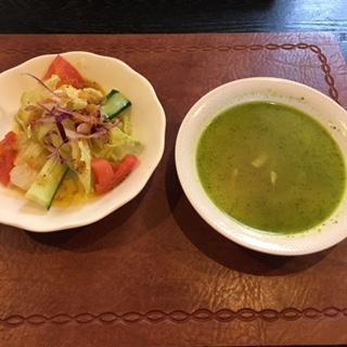 本日のスープ&サラダ